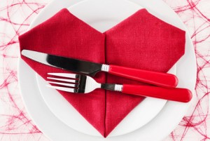 heart-napkin-placesetting-horiz