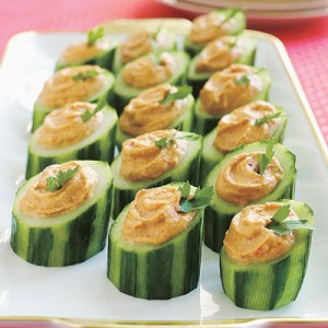 red-pepper-hummus-cucumber-cups1