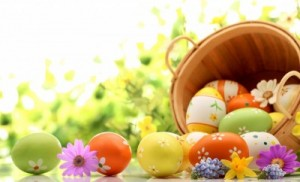 Easter-Eggs-Holiday-Wallpaper-400x242