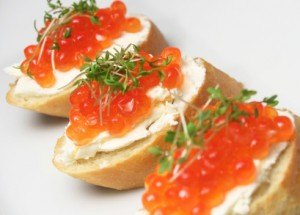 salmon-red-caviar-canape